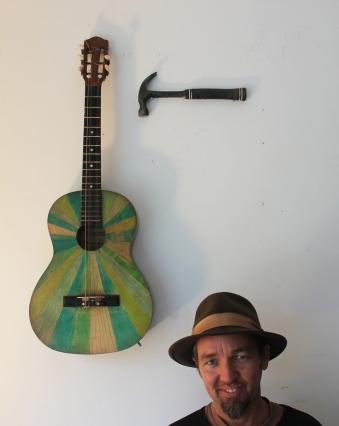 guitar hammer